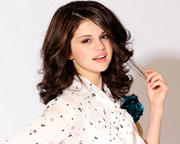 Selena Gomez - Cuteness - Mixed Quality Wallpapers Th_23423_tduid1721_Forum.anhmjn.com_20101130201931008_122_1029lo
