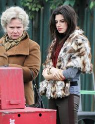 ����� ���, ���� 31. Meghan Ory on the set of 'Once Upon a Time' in Vancouver - 03/23/12, foto 31