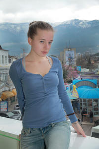 http://img221.imagevenue.com/loc1072/th_555198533_tduid300163_MetArt_Rodina_Milena_D_high_0126_123_1072lo.jpg