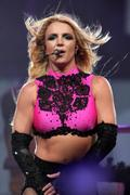 Бритни Спирс, фото 15147. Britney Spears ASS, performing in Philadelphia on Femme Fatale Tour - 30/7/11, foto 15147