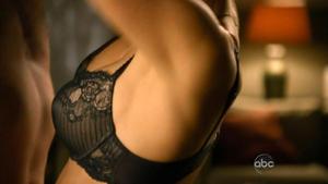 Elizabeth Mitchell | V s02e08 hdtv720p | bra