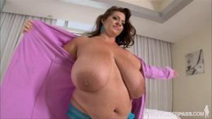 Maria Moore Samantha G Plumper Pass Massaging