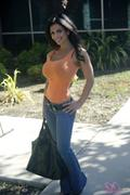 Дениз Милани, фото 3806. Denise Milani Candid : Orange Tank, foto 3806